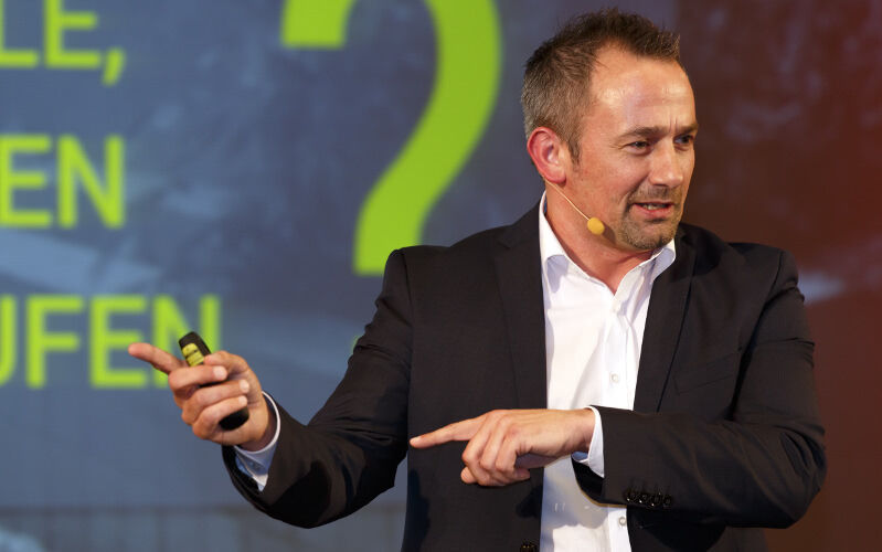 Torsten Wille, Vertrieb, Verkauf, POS-Sales, Verkäufer, Schulung, Training, Sales-Performance steigern, Sales-Performance, Keynote-Speaker, Referent, Redner, Vortrag, buchen, conmoto, conmoto speakers, Referentenagentur, Redneragentur, Vortragsredner